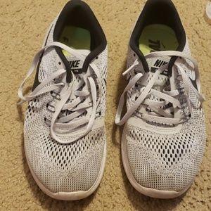Nike Free RN size 9
